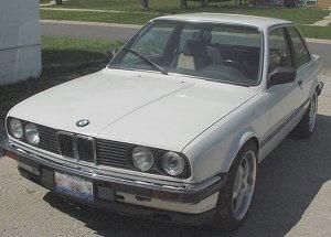 84 BMW 318i with M50 Motor Swap - AKG Motorsport