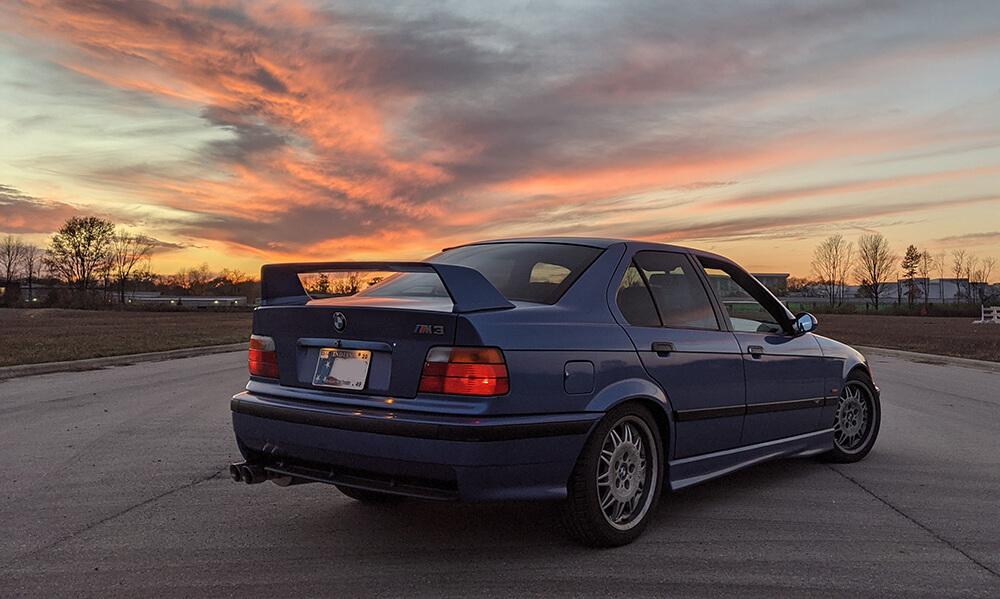 bmw-e36-m3-sedan-estoril-blue-akg-motorsport